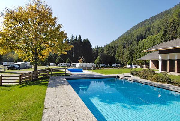La piscina Campeggio Corones