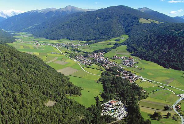 La posizione Campeggio Corones Rasun in Valle d'Anterselva