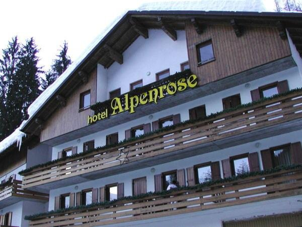 Winter presentation photo Hotel Alpenrose