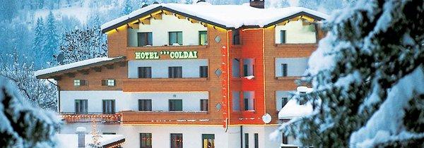 Foto invernale di presentazione Coldai - Hotel 3 stelle