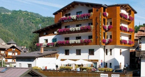 Foto estiva di presentazione Coldai - Hotel 3 stelle