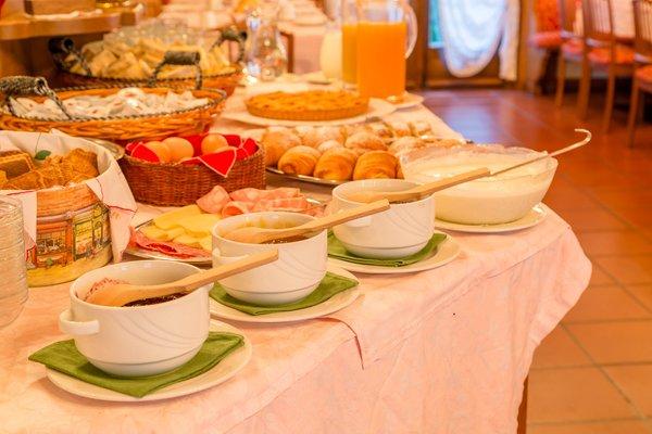 La colazione Hotel Monte Civetta