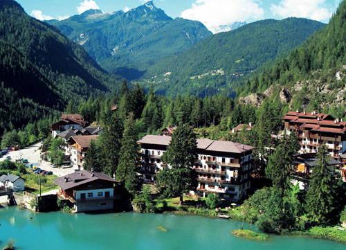 La posizione Hotel Savoia Alleghe - Masarè