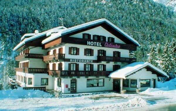 Foto invernale di presentazione Hotel Ciclamino