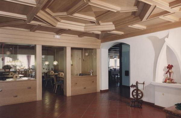 La hall Ciclamino - Hotel 2 stelle Alleghe - Sala