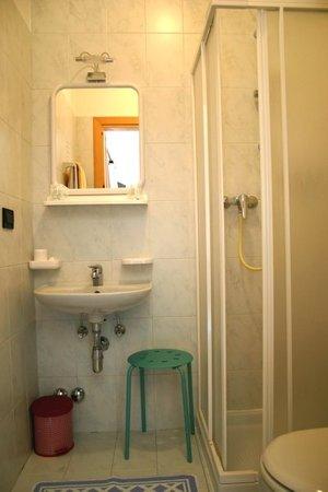 Foto del bagno Garni (B&B) Cèsa Dele Angele