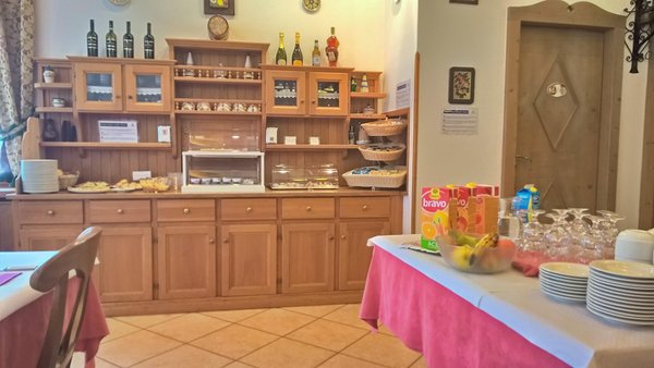 Das Frühstück Zoldana - Hotel 3 Sterne
