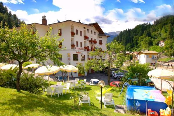 Foto estiva di presentazione Zoldana - Hotel 3 stelle