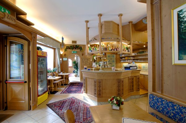 Foto del bar Hotel Zoldana
