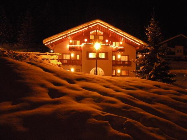 Foto esterno in inverno Civetta