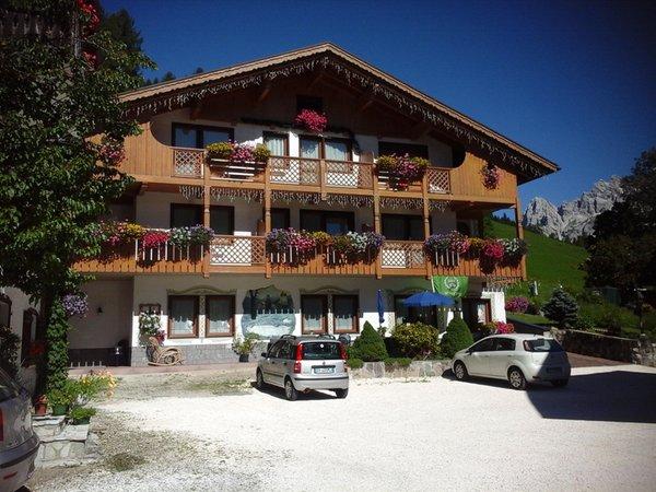 Foto estiva di presentazione Ladinia - Garni-Hotel 3 stelle