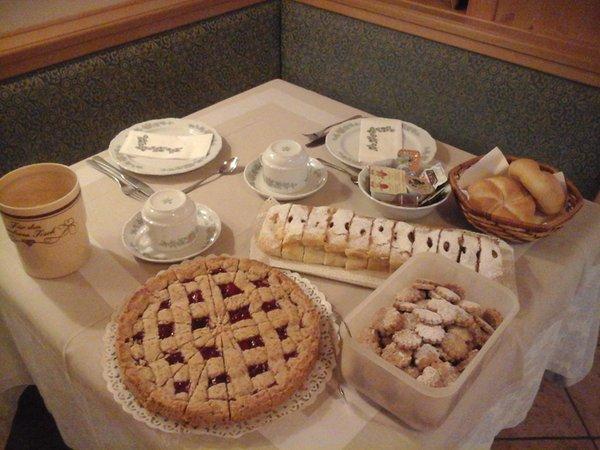 Das Frühstück Garni-Hotel Ladinia