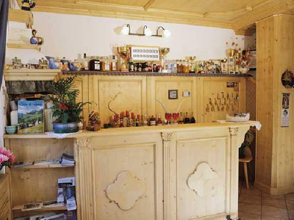 Foto von der Bar Garni-Hotel Ladinia