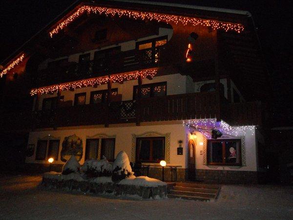 Foto Außenansicht Garni-Hotel Ladinia