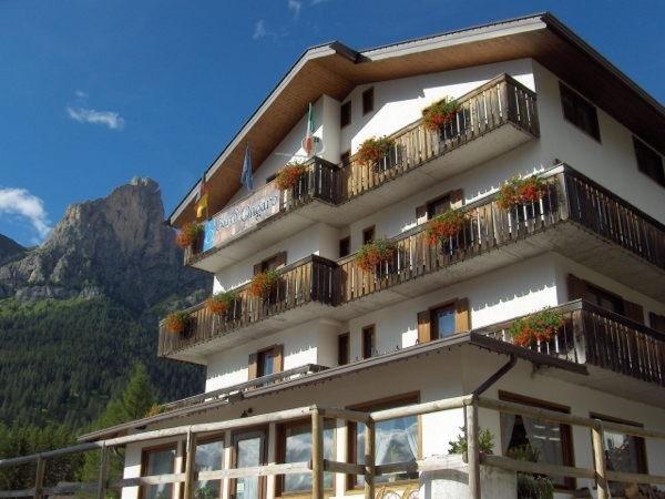Foto estiva di presentazione Ongaro - Garni-Hotel 3 stelle