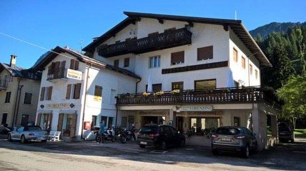 Foto estiva di presentazione Lorenzini Ski - Hotel 3 stelle