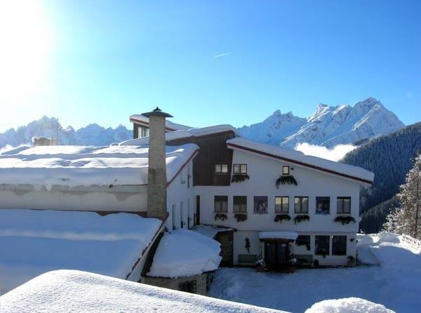Foto invernale di presentazione La Caminatha - Hotel 3 stelle