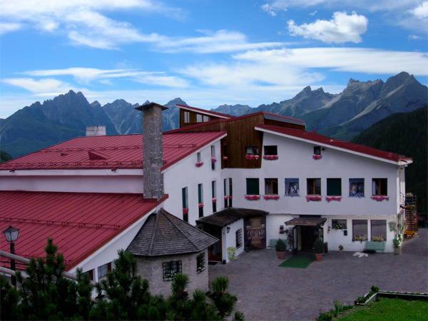Foto estiva di presentazione La Caminatha - Hotel 3 stelle