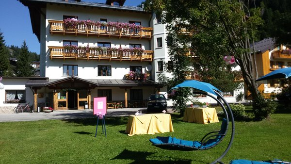 Summer presentation photo Hotel Edelweiss