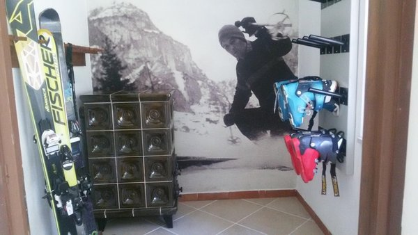 La skiroom Hotel Edelweiss