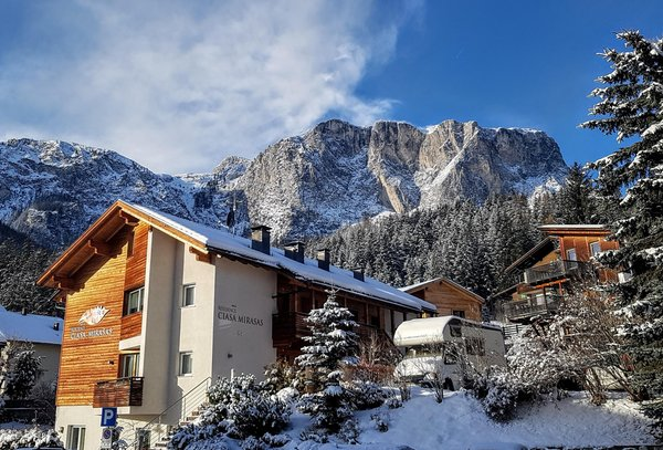 Foto esterno in inverno Mirasas