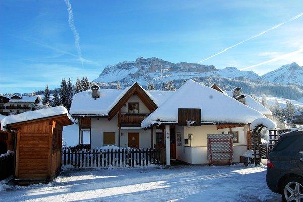 Foto Außenansicht im Winter Chalet Alla Cascata