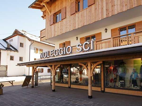 Foto invernale di presentazione Noleggio sci Gross Sport