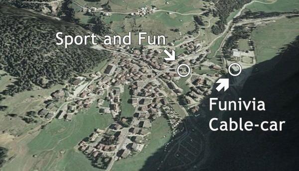 La posizione Noleggio sci Sport and Fun Val di Fassa Campitello di Fassa