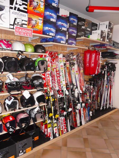 Tony Sport - Noleggio sci  Vigo di Fassa