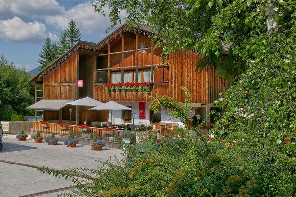 Sommer Präsentationsbild Dolomites Chalet La Bercia - Ferienwohnungen 3 Sterne