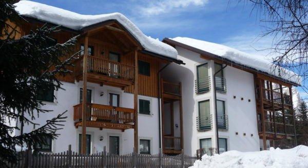 Winter Präsentationsbild Dolomites Chalet La Bercia - Ferienwohnungen 3 Sterne