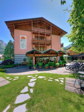 Sommer Präsentationsbild Sporthotel Rosatti