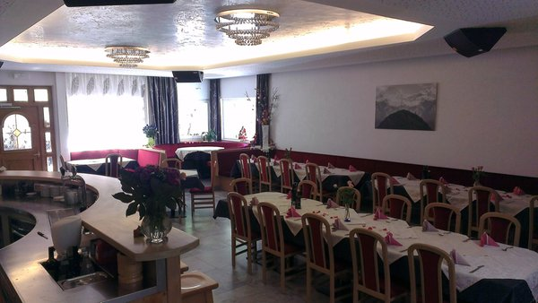 The restaurant Longiarù / Campill (San Martino in Badia / St. Martin in Thurn) Fornata
