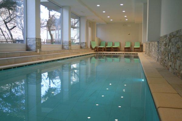 La piscina Hotel Almazzago