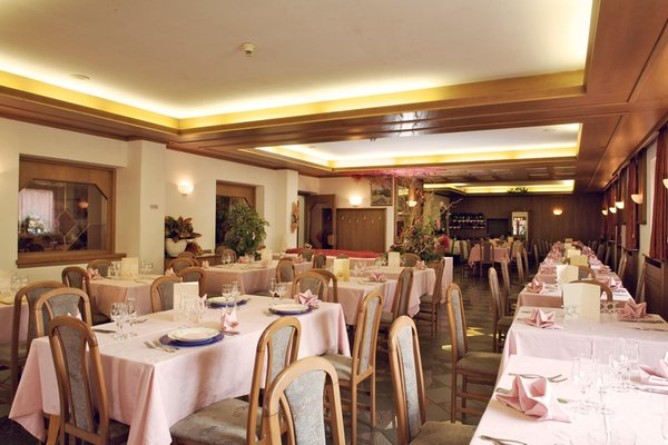 Il ristorante Almazzago (Commezzadura - Daolasa) Almazzago