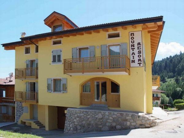 Foto esterno in estate Mountain Resort