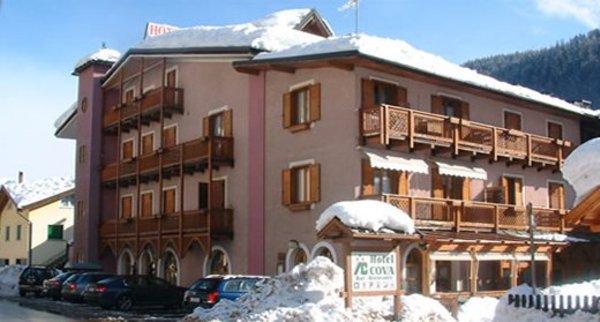 Foto invernale di presentazione Hotel Cova