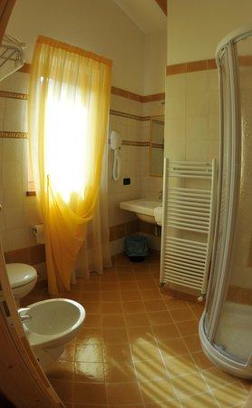 Foto del bagno Albergo Il Maniero
