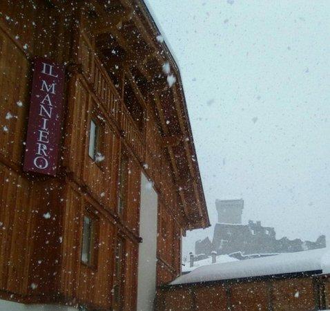 Foto invernale di presentazione Il Maniero - Albergo 3 stelle