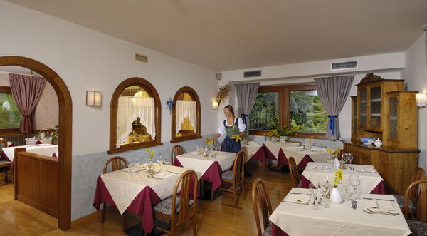 Il ristorante Cogolo di Peio Biancaneve