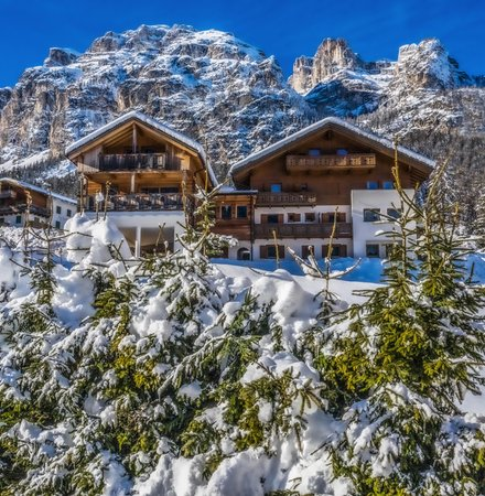 Photo exteriors in winter Rosra