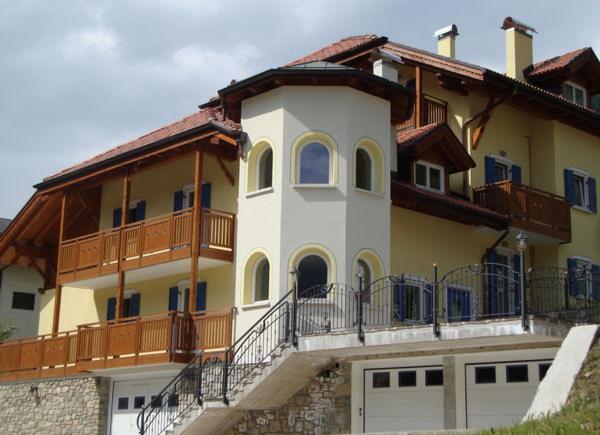 Foto estiva di presentazione Vegaia - Appartamenti 4 genziane