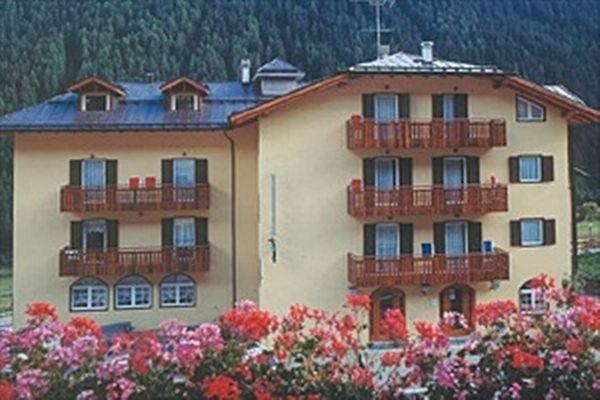 Foto estiva di presentazione Milano - Hotel 3 stelle