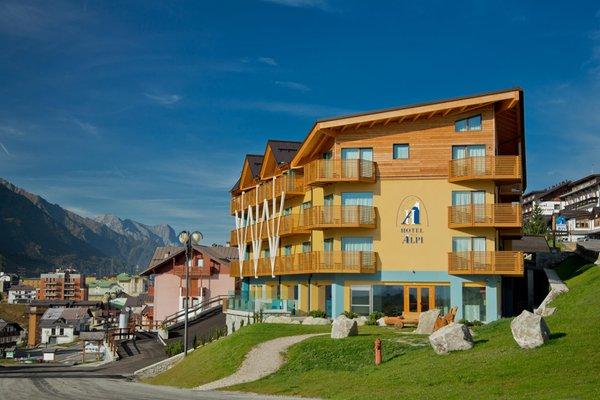 Foto estiva di presentazione Hotel Delle Alpi