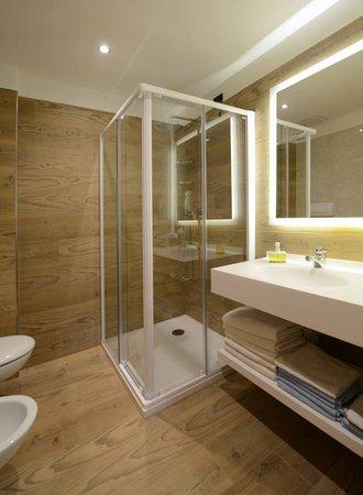 Foto del bagno Hotel Gardenia