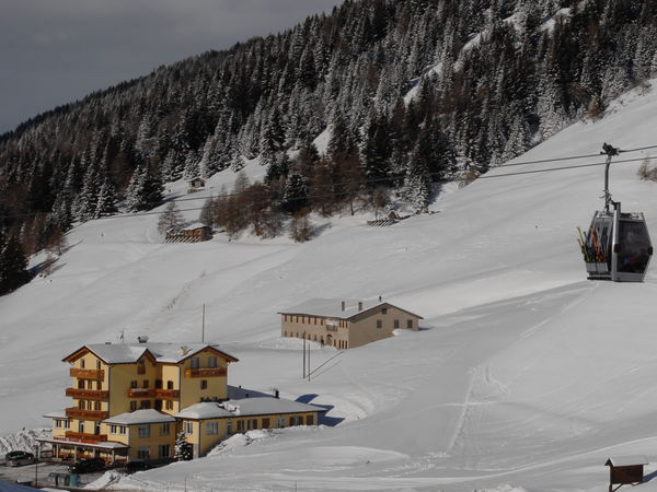 Foto esterno in inverno Bezzi