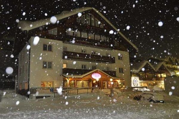 Winter presentation photo Hotel Sciatori