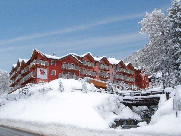 Foto invernale di presentazione Adamello Resort - Residence 4 stelle