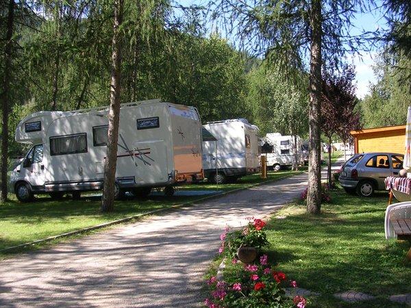 Foto esterno in estate Cevedale