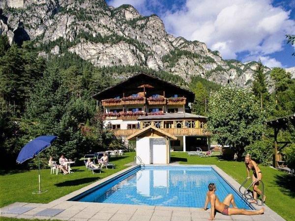 Foto estiva di presentazione Piné - Hotel 3 stelle